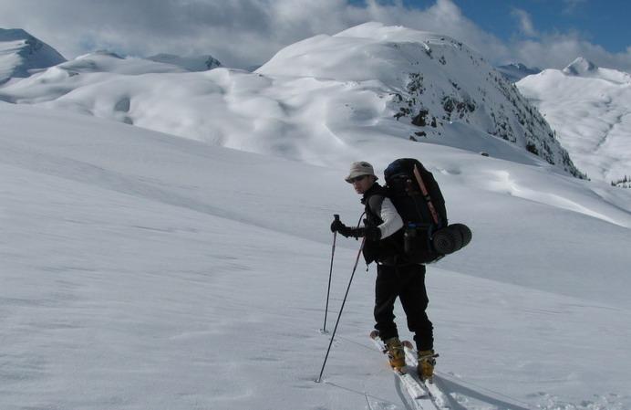 skialpinisticky-prechod-po-kanadsky